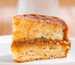 Porción dulce de leche cake