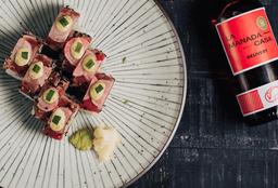 Combo Tuna Tataki y cócteles