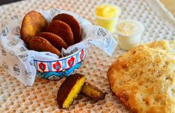 5 Falafel + Pan Pita