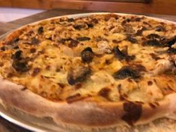 Pizza Familiar Extragrande Pollo y Champiñones