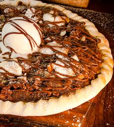 Pizza de Masmelo, Nutella y Almendras
