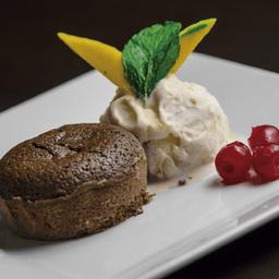 Volcán de Chocolate y Helado