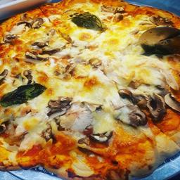 ¡COMBO! Pizza Familiar con Coca-Cola 1.5