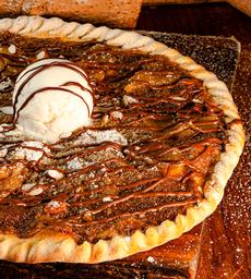 Pizza de Pera, Nutella y Almendras