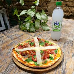 Combo Pizza con H2O! GRATIS