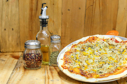 pizza pollo y maiz