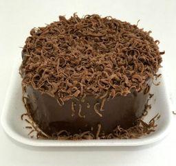 Torta de vainilla con centro de chocolate