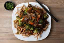 Chow Mein con Lomito