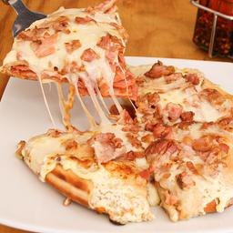 Pizza Estofada Carnes Tocineta