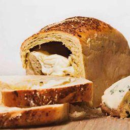 Pan Relleno de 3 Quesos