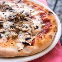 Pizza Champiñón Queso Mediana