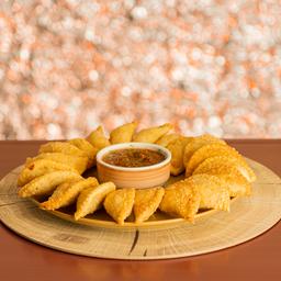Mini Empanadas de Pollo queso x 20