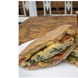 Sandwich con Tortilla (Perico)