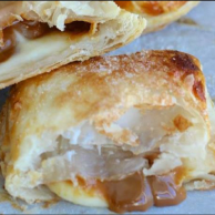 Pastel Arequipe y Queso