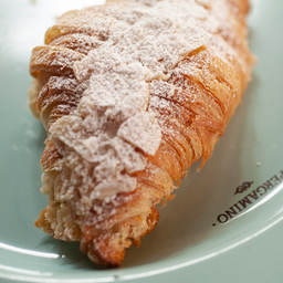 Croissant Almendras