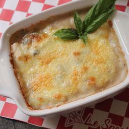 Lasagna di pollo, champiñones.