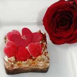 1 brownie  melcochudo golden love