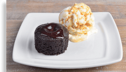 Volcán de Chocolate con Helado