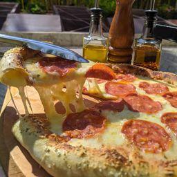 Pizza Peperoni Borde Queso