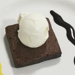 Brownie de chocolate con o sin helado