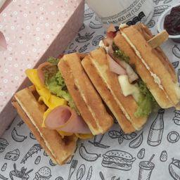 Sándwich Waffle Paraíso
