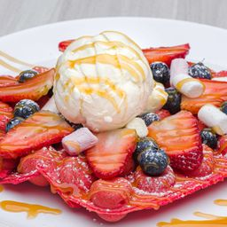 Bubble Waffle Red Velvet Frutos