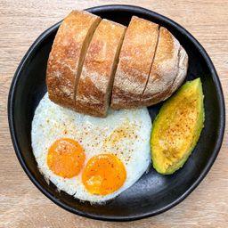 Pan y aguacate