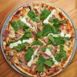 Pizza Queso Azul, Rugula, jamón y Champiñones