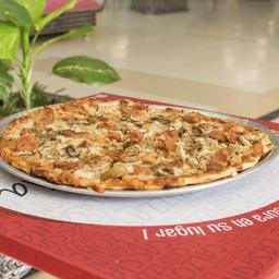 Promo: 1 Pizza Entera (sabor a escoger) + 2 bebidas gratis