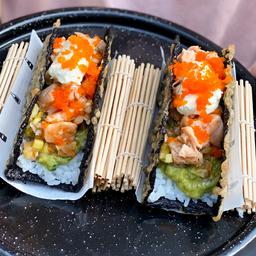 Salmón Sushi Taco