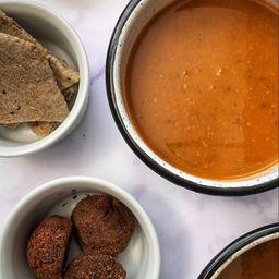 Sopa Vermet con Albondigas Veganas