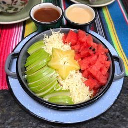Frutas con Chamoy