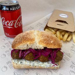 Combo Sándwich Griego con Falafel