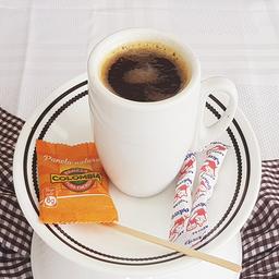 Carajillo 6 oz (Cafe Americano, Shot de Aguardiente y Canela)