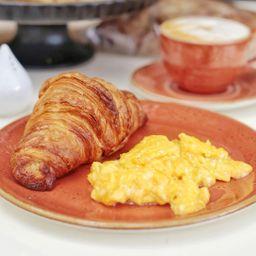 Huevos con Cornetto
