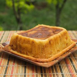 Torta de Maduro con Queso Mozzarella