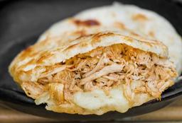 Arepa Pollo y Queso