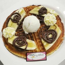 Waffle de Nutella Banano y helado