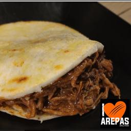Arepa Solo Carne
