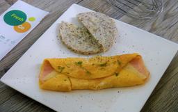 Huevos Omelette y Arepa