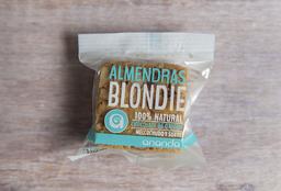 Blondie de Almendras