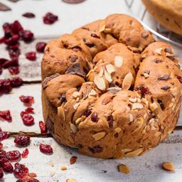 Pan con Arándanos y Chocolate