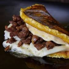 Cachapa de Cerdo Frito