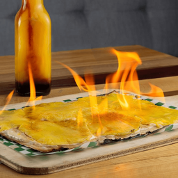 Flambée de Piña flameada con ron