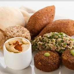 4 Platos Mixtos Árabes + Torta 8 Porciones + Bebidas