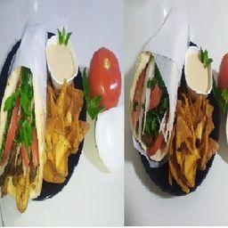 Gyro Mixto y Gyro de Falafel Vegetariano
