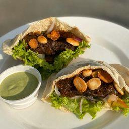 Sándwich Árabe de Pollo