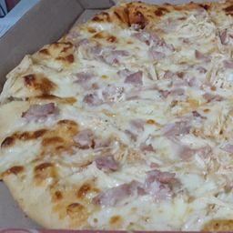 Pizza Tocineta Pollo Personal