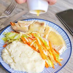 Filete de pescado en salsa de limonaria