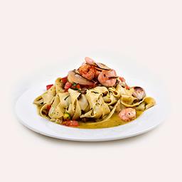 Tagliatelle al Pesto, Gamberi e Verdure